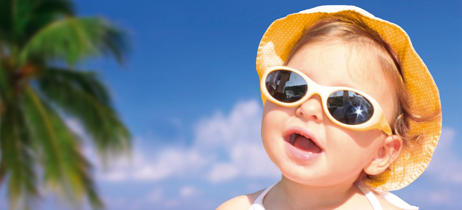 Les indispensables de bébé à la plage